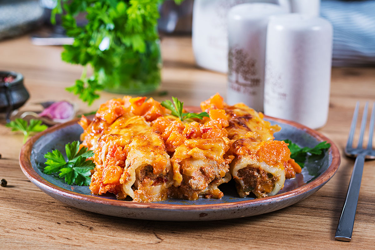Kaneloni ar liellopu gaļu