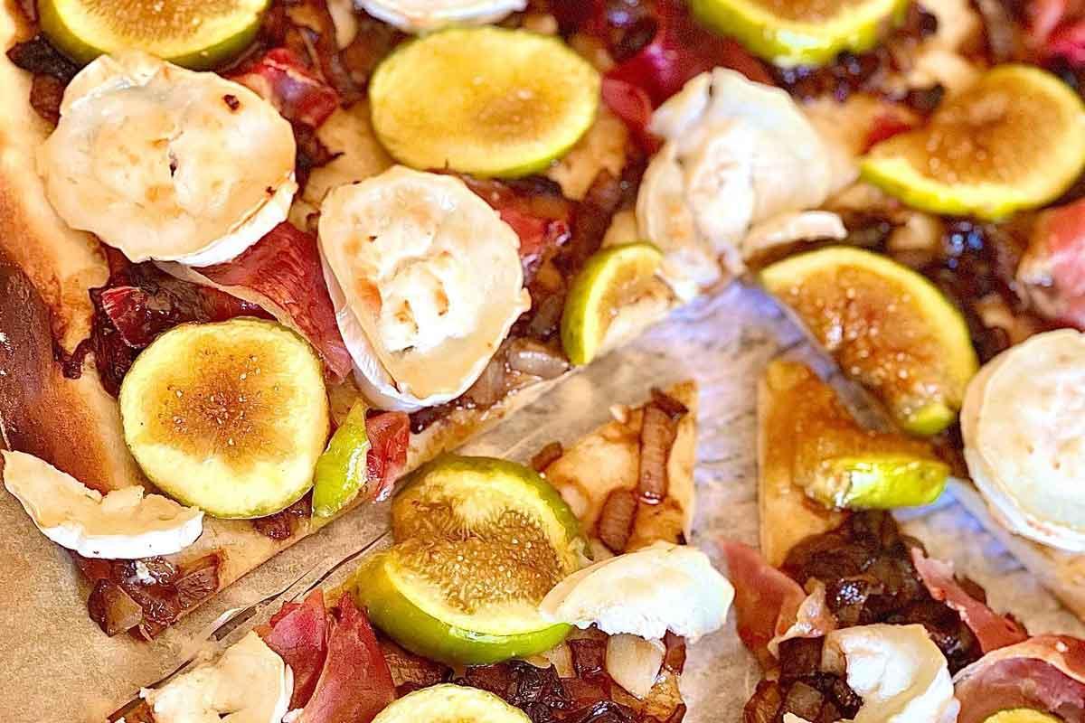 Pica ar vītinātu šķiņķi